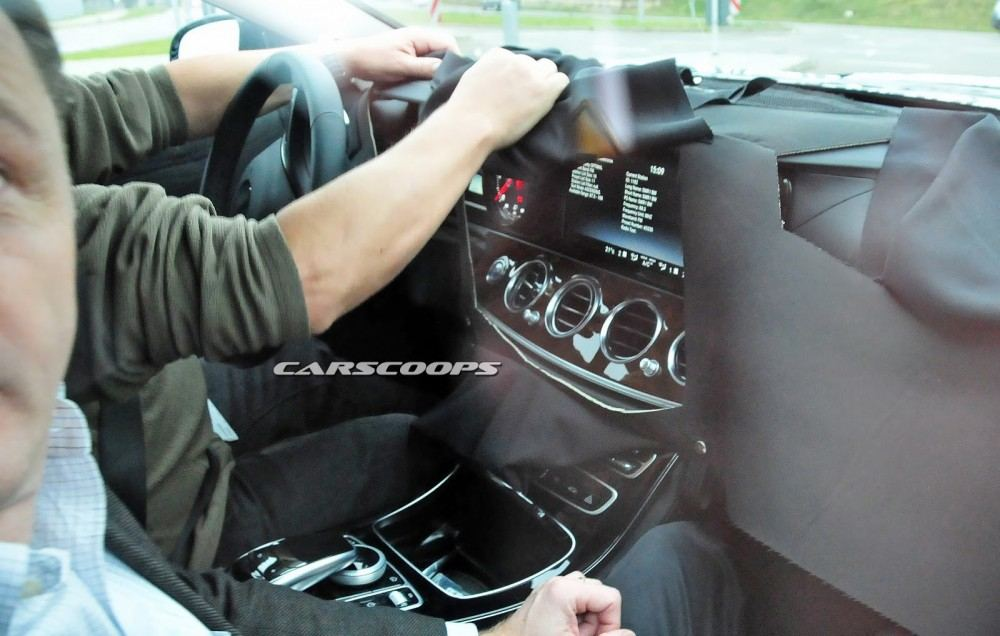 2017-Mercedes-Benz-E-Class-CSP6