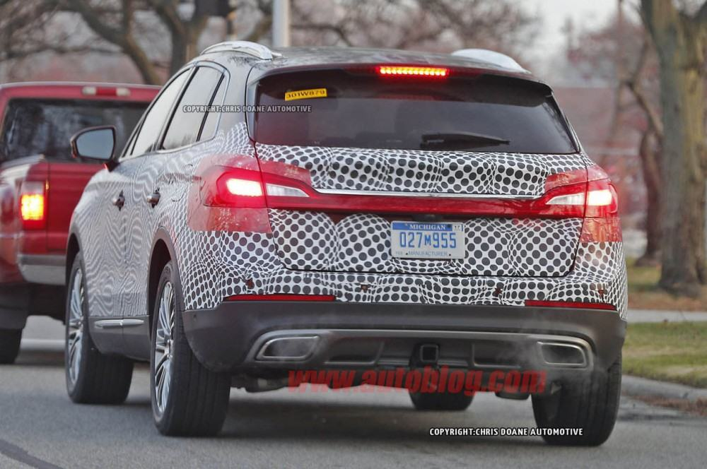 lincoln-mkx-spy-shots-011-1