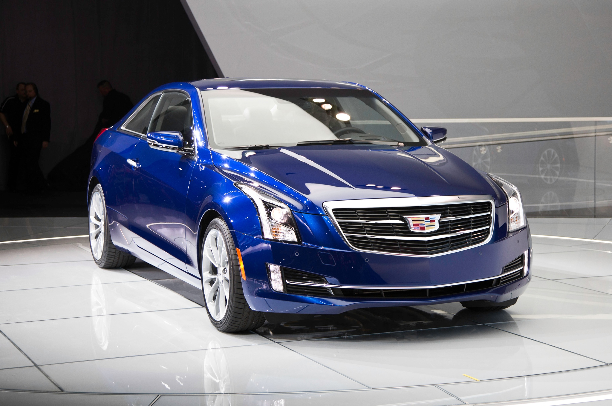 2015-Cadillac-ATS-Sedan