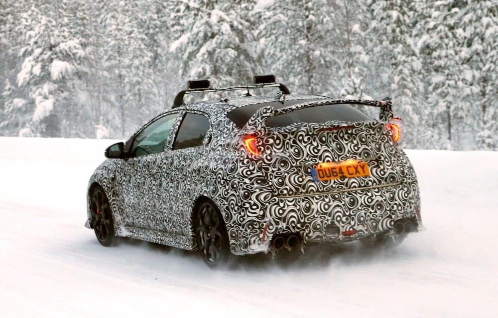 2015-honda-civic-type-r-winter-spy-photos-are-awesome-photo-gallery_23