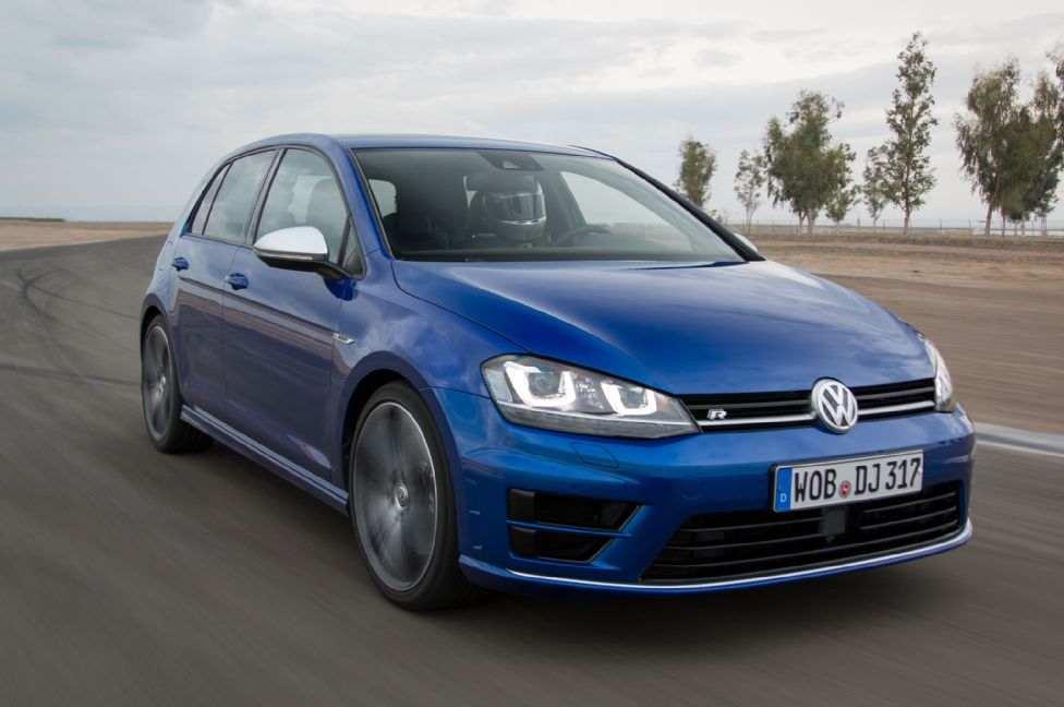 2015-volkswagen-golf-r-front-three-quarter-in-motion-6