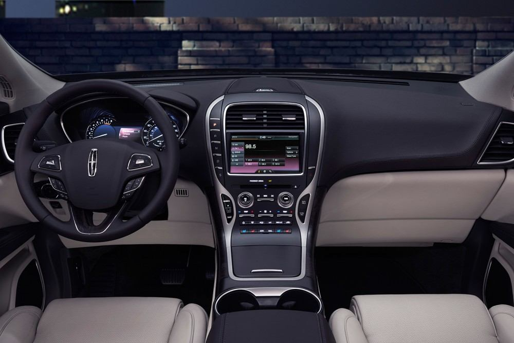 2016-lincoln-mkx-62-1