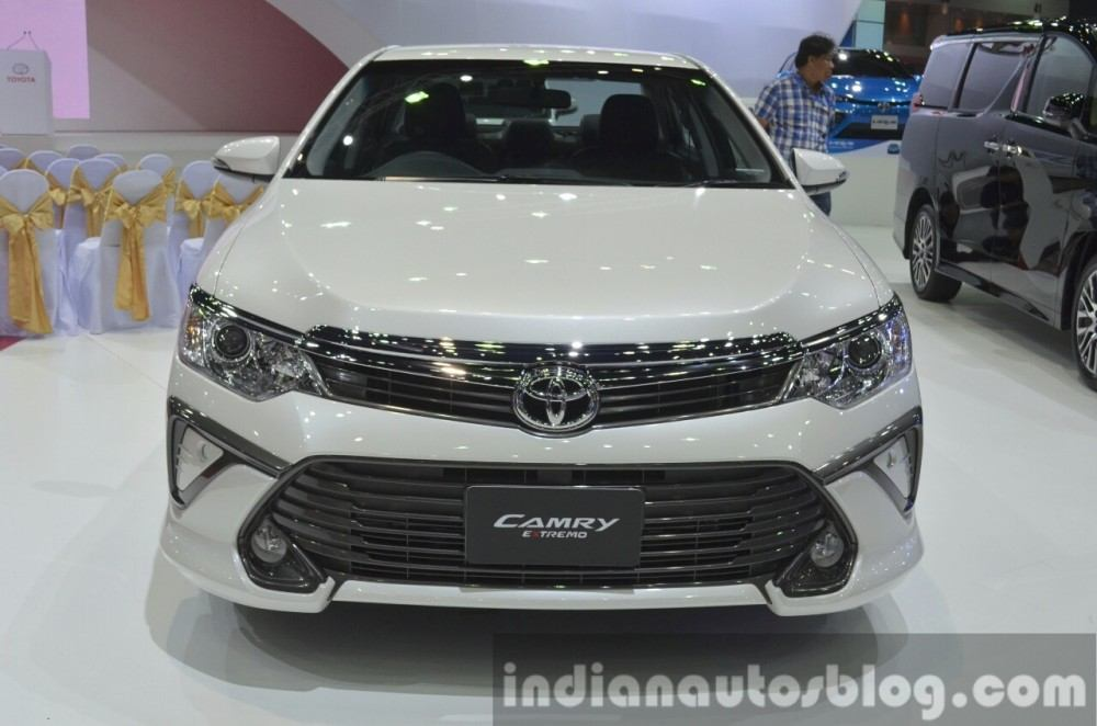2015-Toyota-Camry-Extremo-at-the-2015-Bangkok-Motor-Show