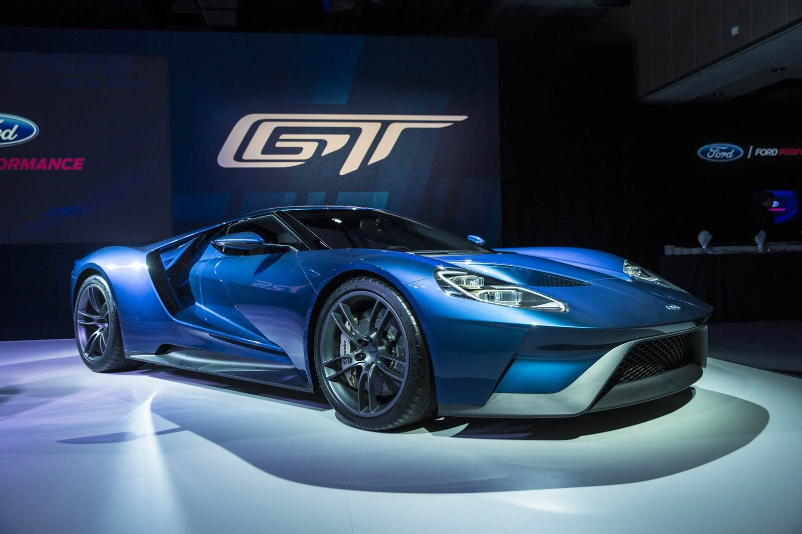 Ford-GT-24