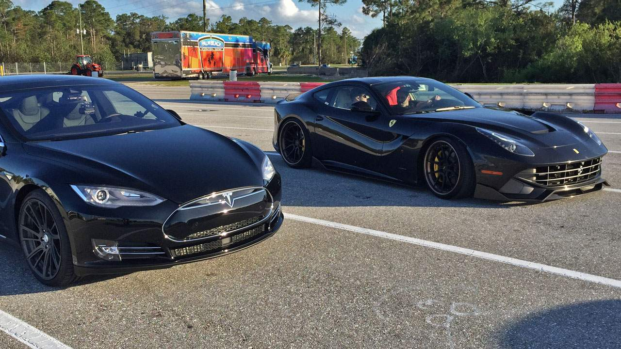 Tesla-Model-S-P85D-vs-Ferrari-F12