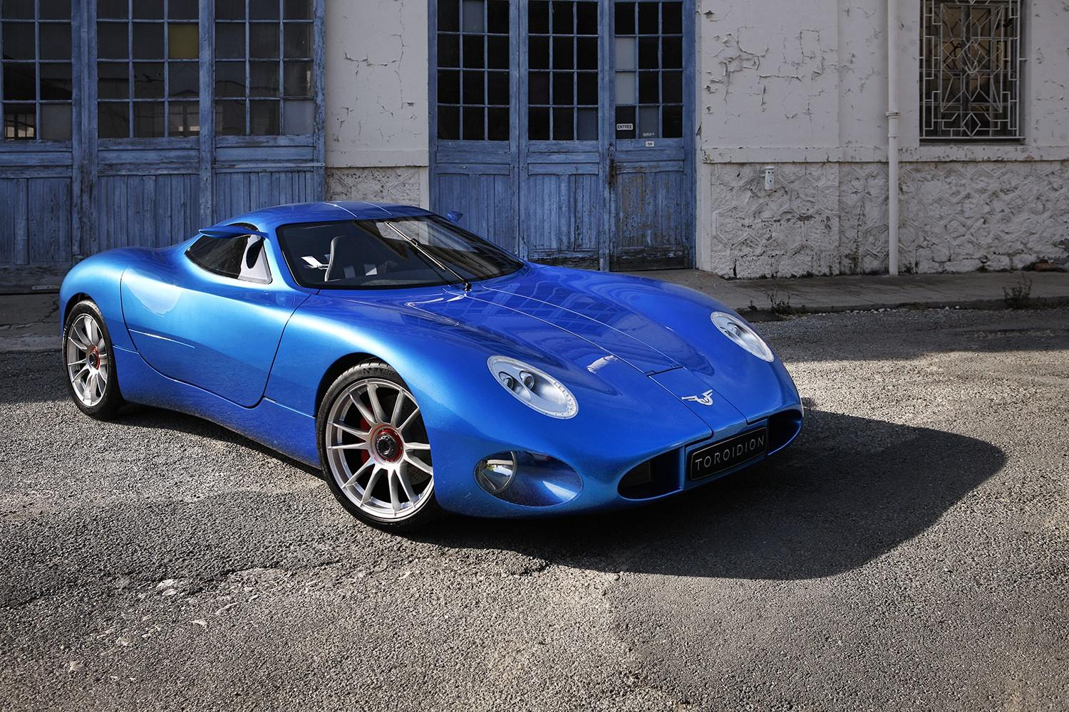 1mw-toroidion-supercar-makes-a-debut-in-monaco-during-top-marques-photo-gallery_11