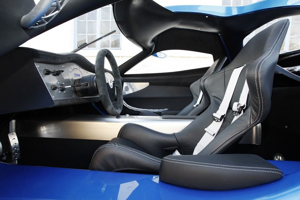 1mw-toroidion-supercar-makes-a-debut-in-monaco-during-top-marques-photo-gallery_14