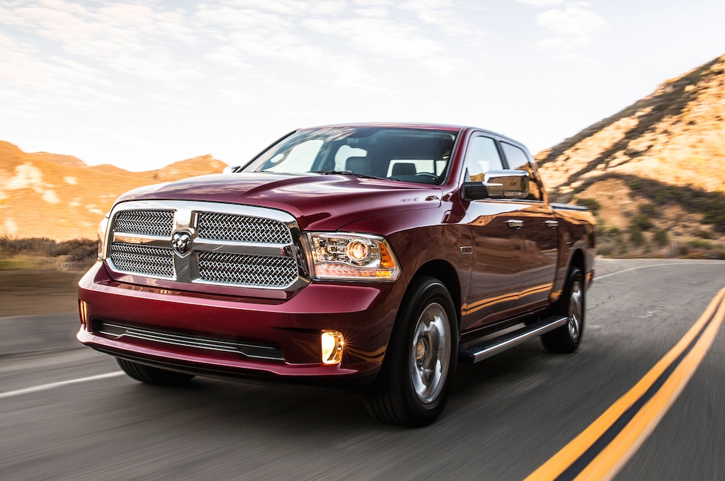 2014-ram-1500-limited-ecodiesel-front-view-in-motion