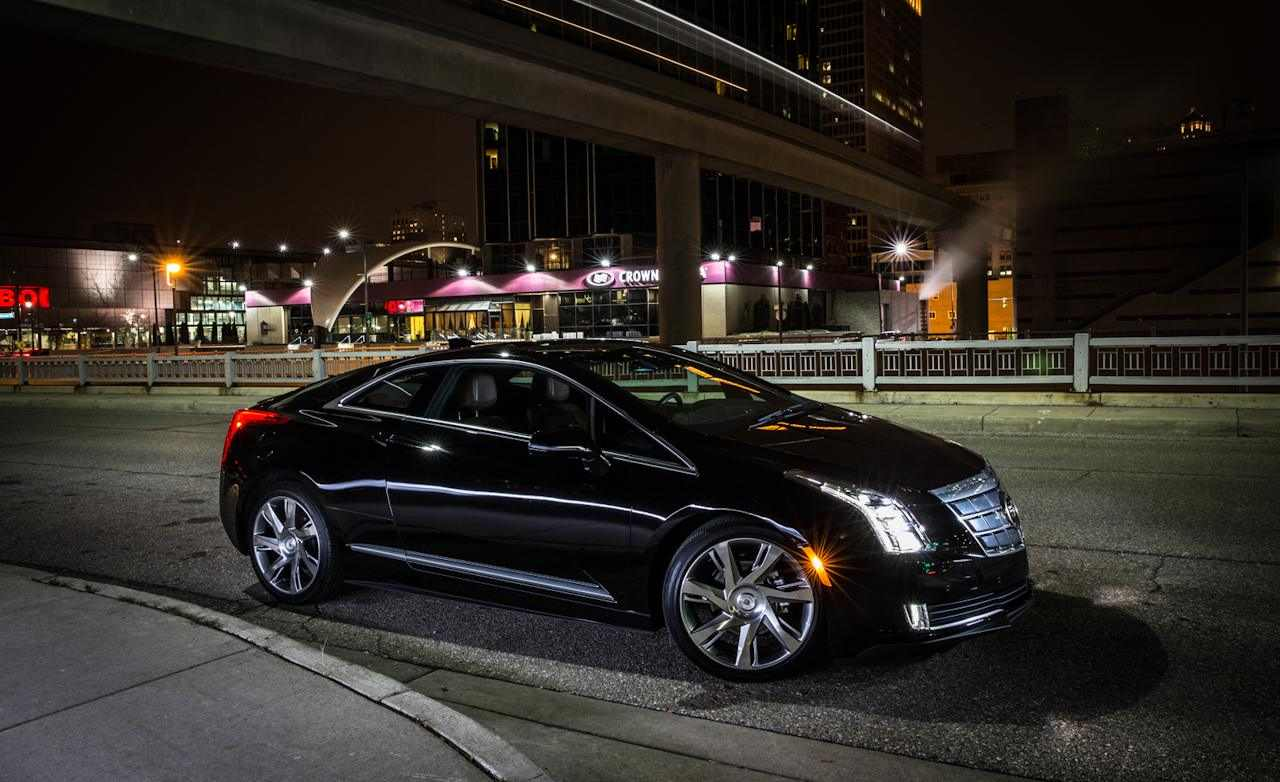 2014_cadillac_elr_black_on_the_road