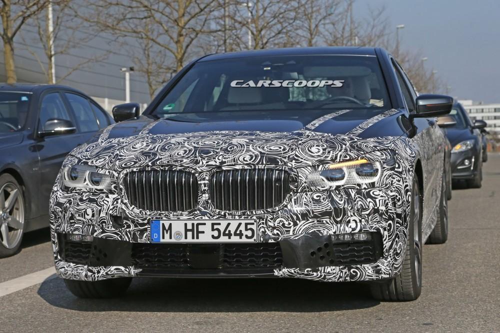 2016-BMW-7-Series-M-Sport-2