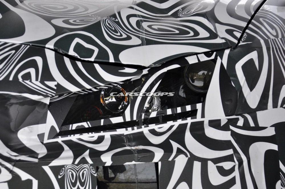 2016-Jaguar-F-Pace-7CUV
