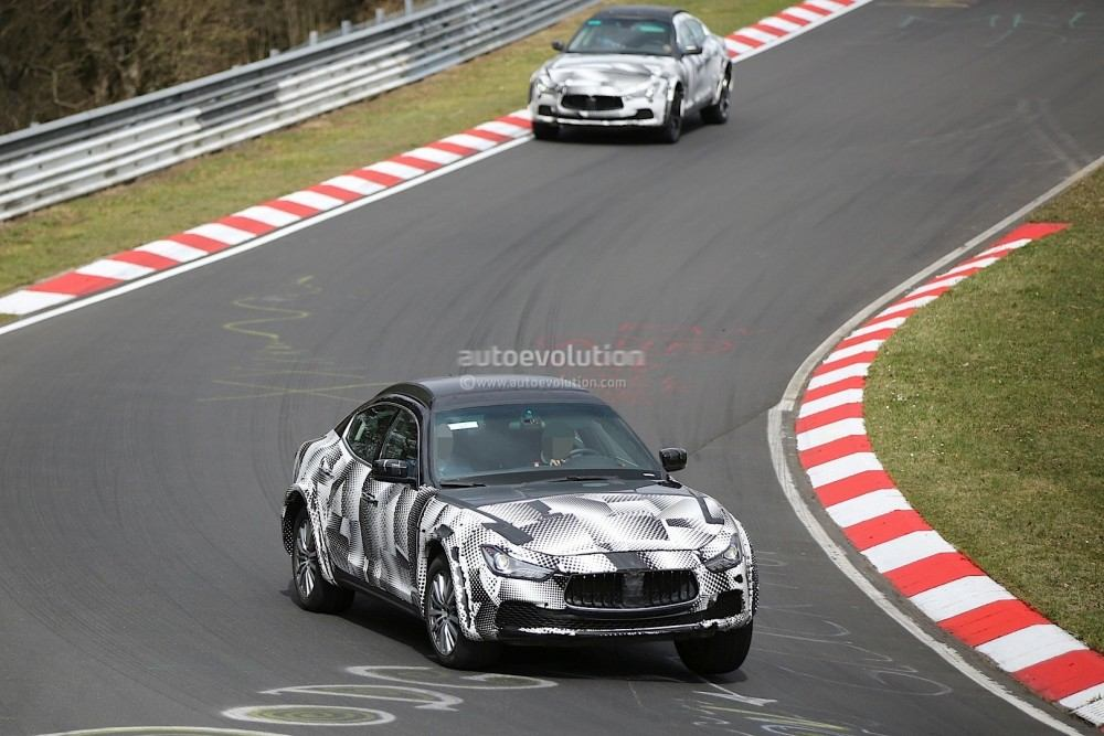 2016-maserati-levante-suv-hits-the-nurburgring-out-for-porsche-cayenne-blood_11