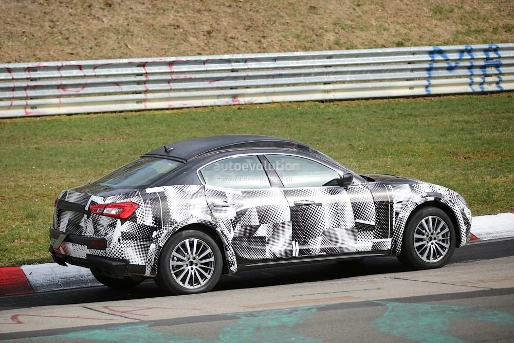2016-maserati-levante-suv-hits-the-nurburgring-out-for-porsche-cayenne-blood_7