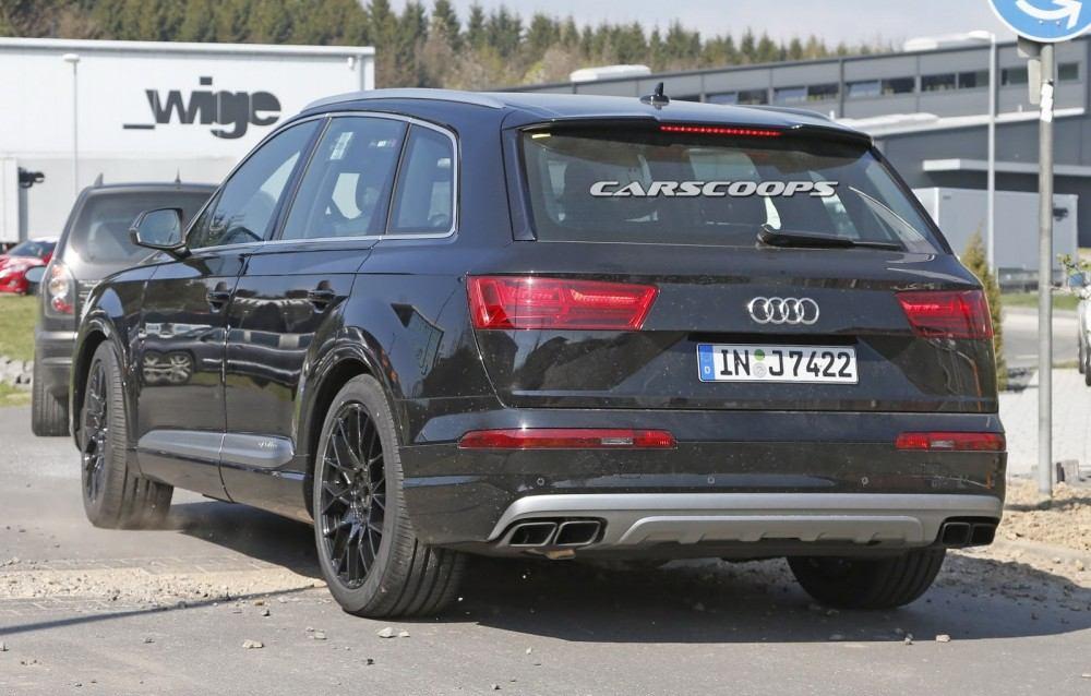2017-Audi-SQ7-3