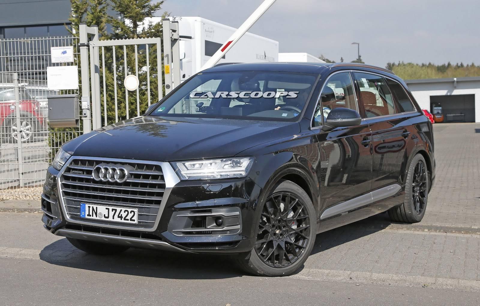 2017-Audi-SQ7-8