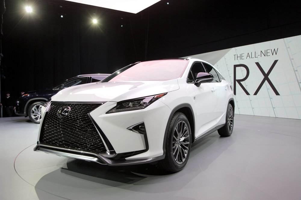 m_2016-Lexus-RX-Live-8