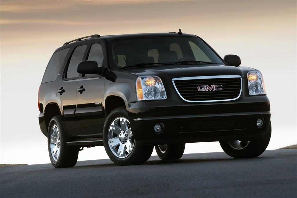 2011-GMC_Yukon-SUV_Image-001-1024