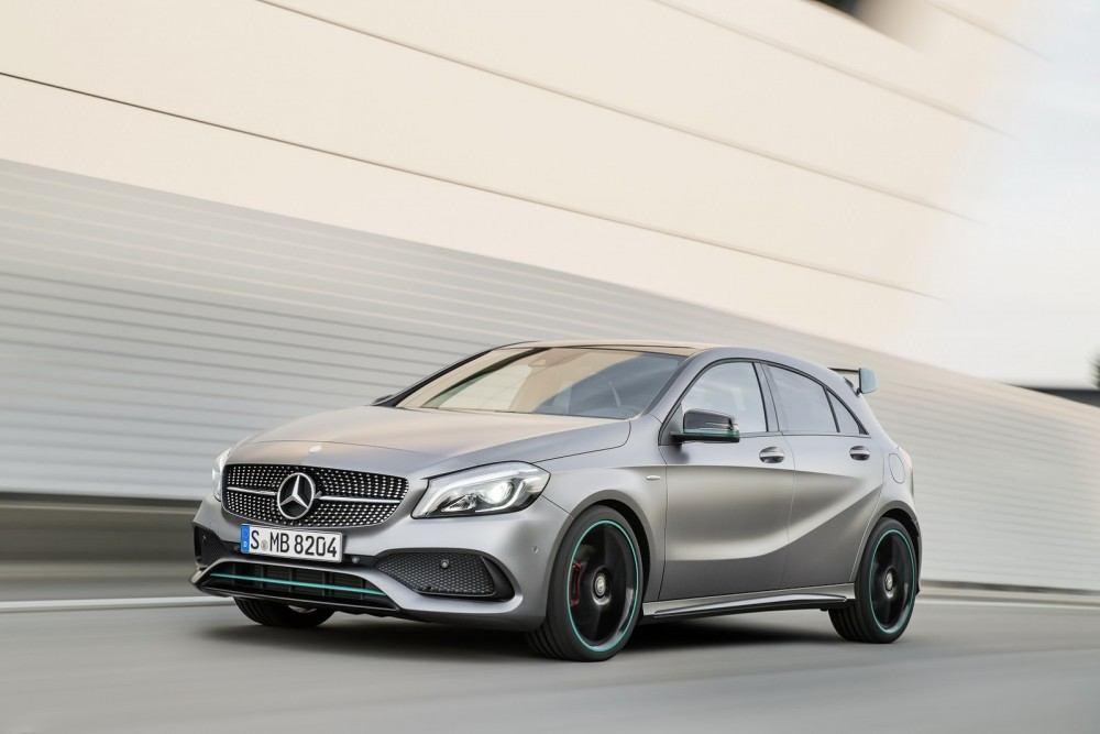 2016-Mercedes-A-Class-50
