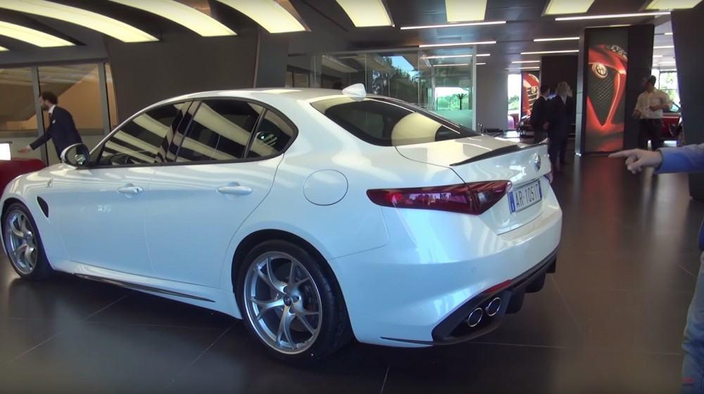 Alfa-Giulia-2