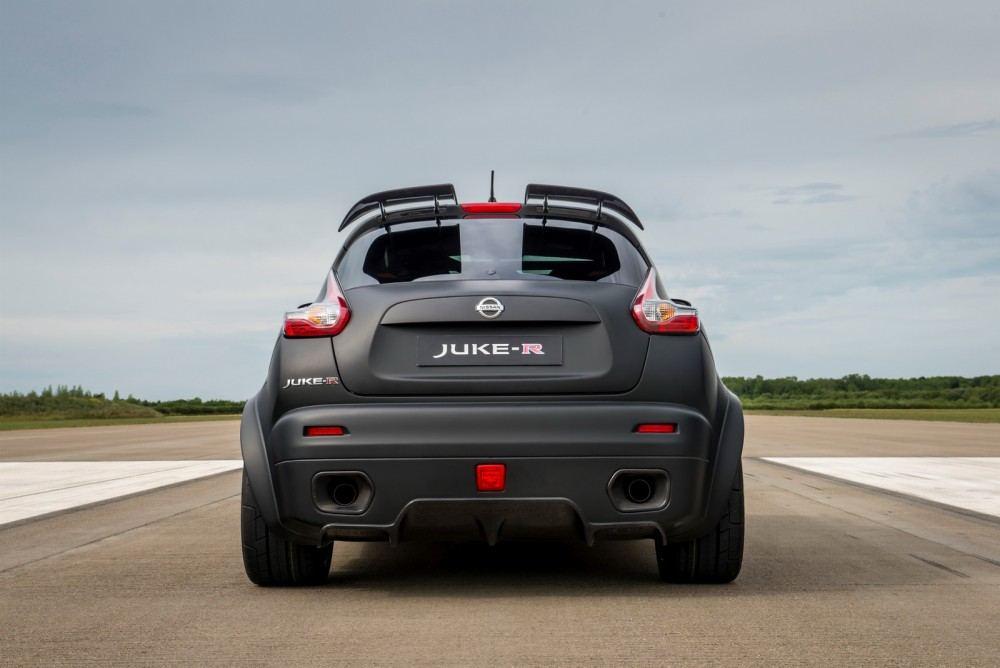 Nissan-Juke-R-20-4