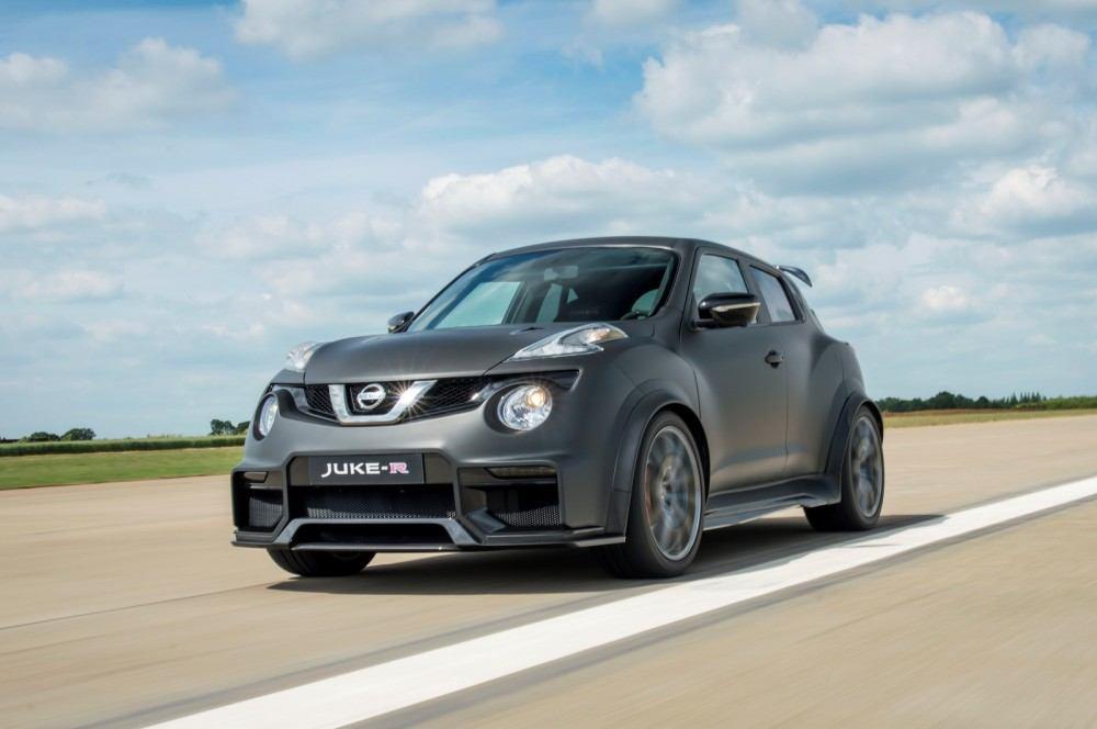 Nissan-Juke-R-20-7