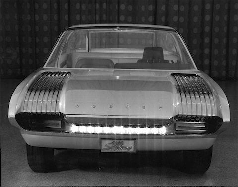 1964_Ford_Aurora_04