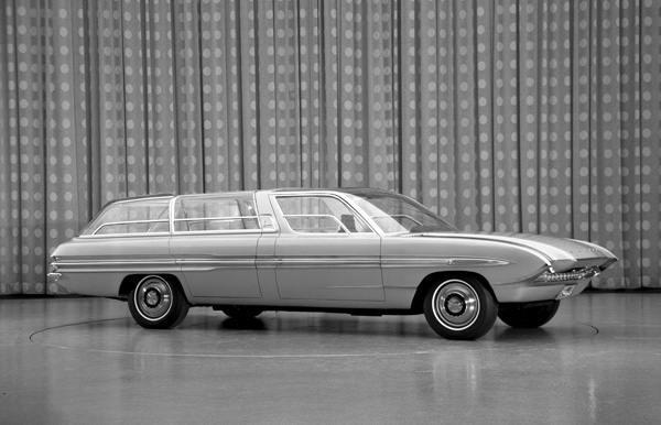1964_Ford_Aurora_concept_car_01
