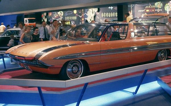 1964_Ford_Aurora_concept_car_02