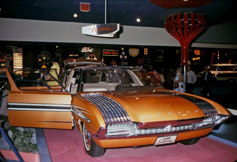 1964_Ford_Aurora_concept_car_03