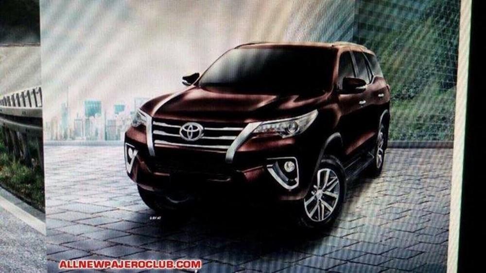 2016-Toyota-Fortuner-4 (1)