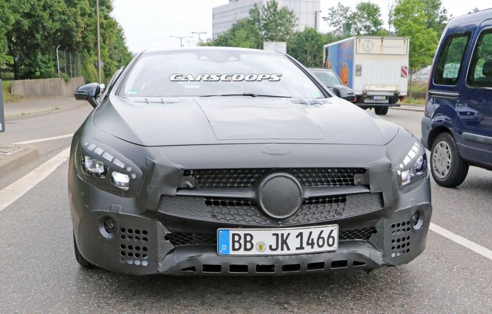 2017-Mercedes-SL-Facelift01