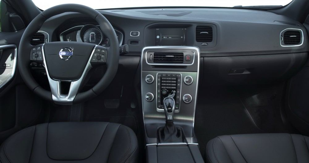 Volvo S60 Cross Country - model year 2016, interior