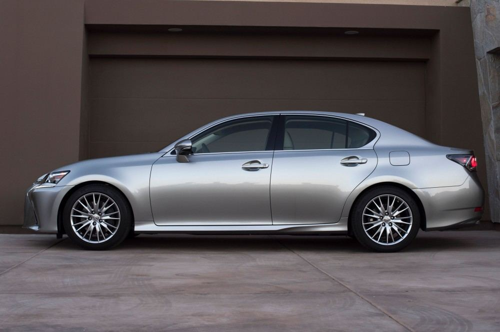 2016_Lexus_GS_200t_003_4DC071C9876C0028265CB6BD90E3C59FAA2C881D
