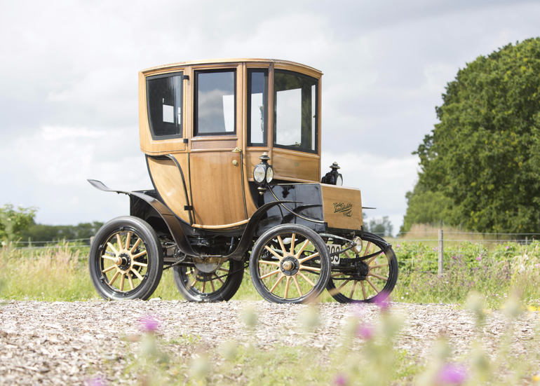 110-year-old-electric-car-10