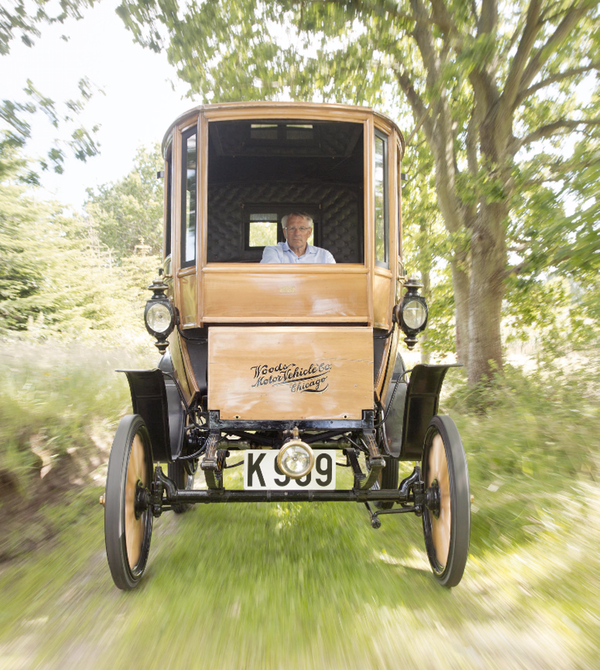 110-year-old-electric-car-3