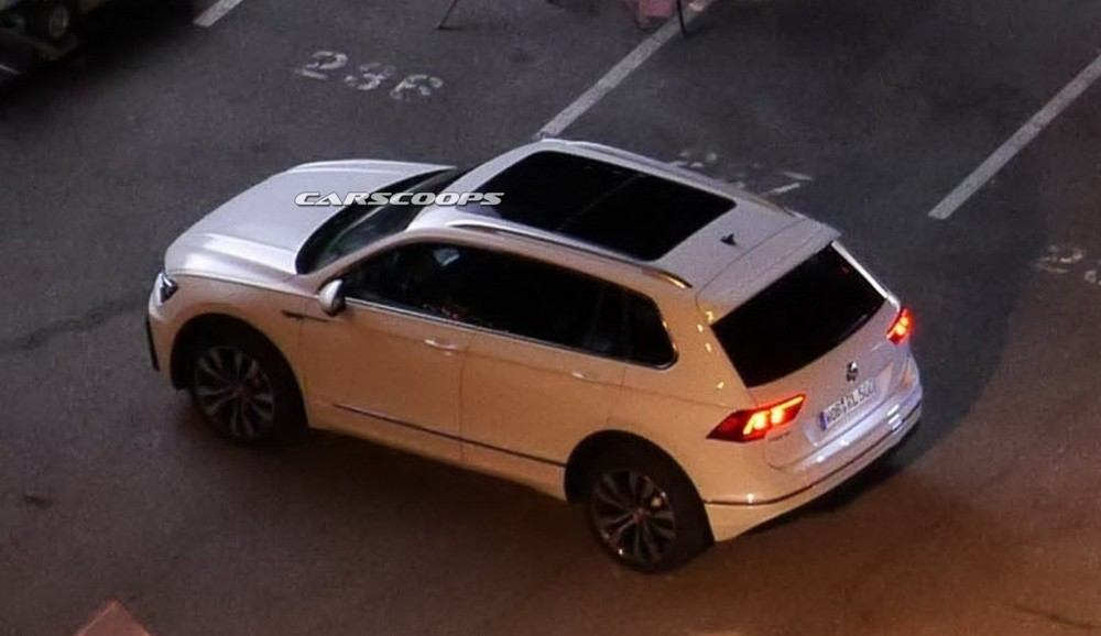 2017-VW-Tiguan-Carscoops9