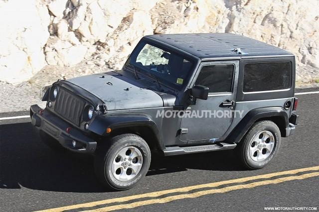 2018-jeep-wrangler-test-mule-spy-shots--image-via-s-baldauf-sb-medien_100525762_m