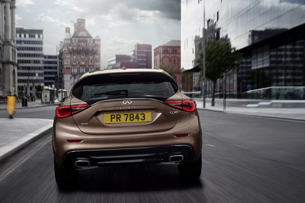 Designed for a new generation of buyers who are not willing to be defined by their choice of vehicle body type, the Infiniti Q30 challenges convention with its bold character and daring shape. The car stays true to the signature design cues from the original 2013 concept and exemplifies Infiniti's design-led, customer-centric approach to product development. The unconventional stance and asymmetric interior contribute to an overall design that is certain to command attention.