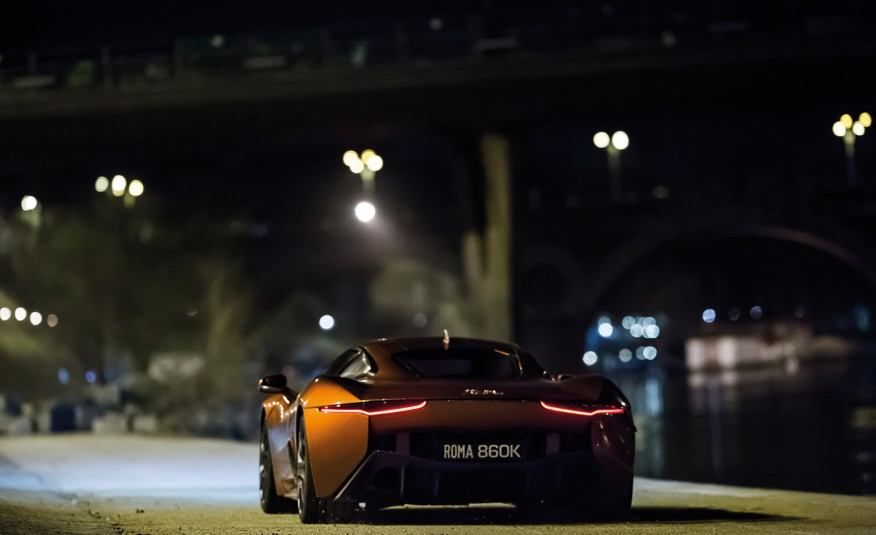 Epic-On-Set-Photos-of-James-Bond-007-Spectre-Movie-Cars-1241-876x535