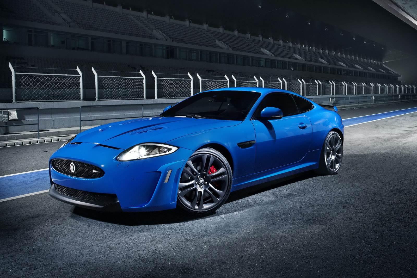 Jaguar-XKR-S-1