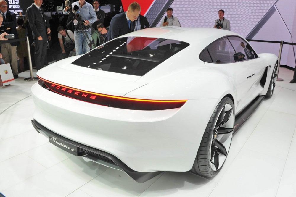 Porsche-EV-Sport-Sedan2