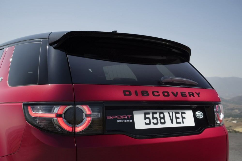 RR-Discovery-Sport-HSE-33