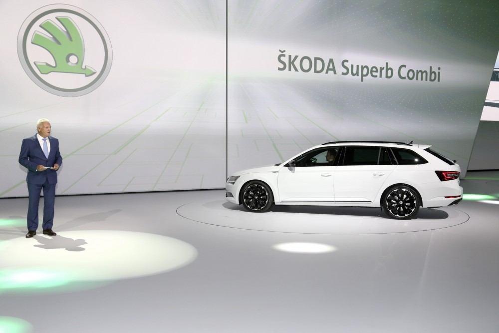 SKODA-SUPERB-SPORTLINE-3