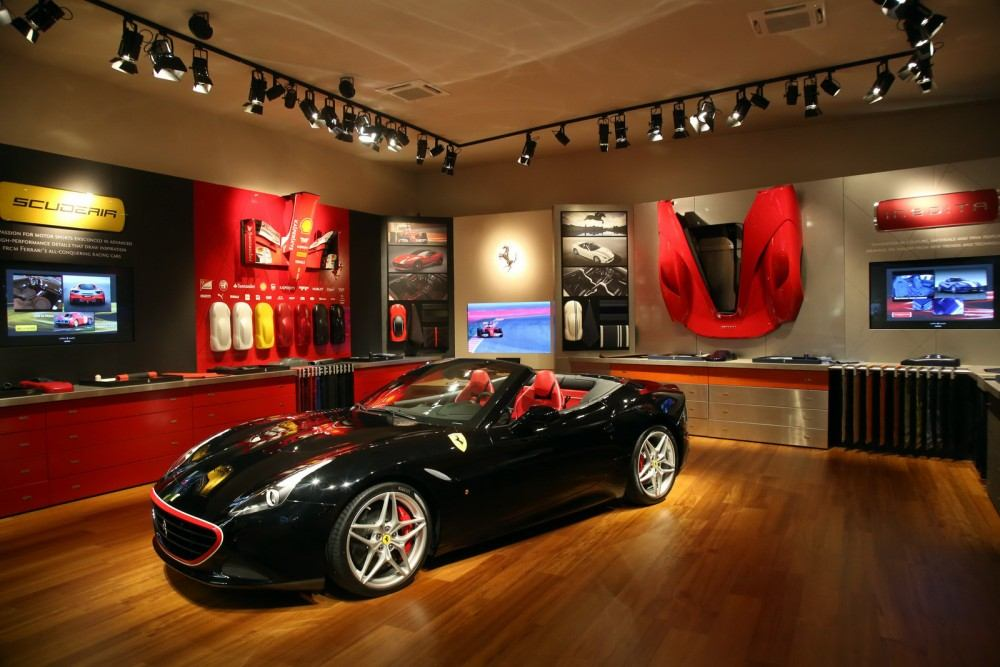 Tailor-Made-Ferrari-California-T-1
