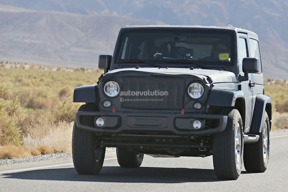 new-2018-jeep-wrangler-spied-testing-in-the-desert-will-grow-in-length_10