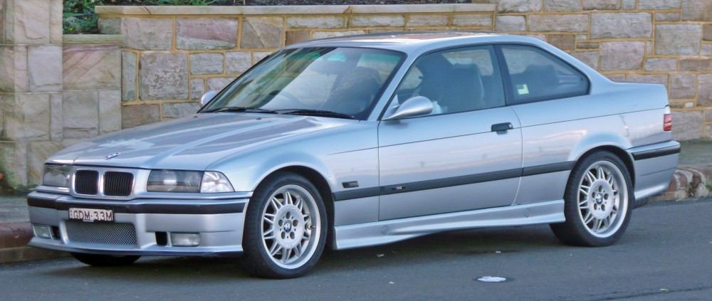 1995-1999_BMW_M3_(E36)_coupe_01