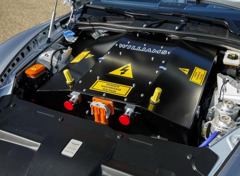 Aston-Martin-RapidE-Concept-5