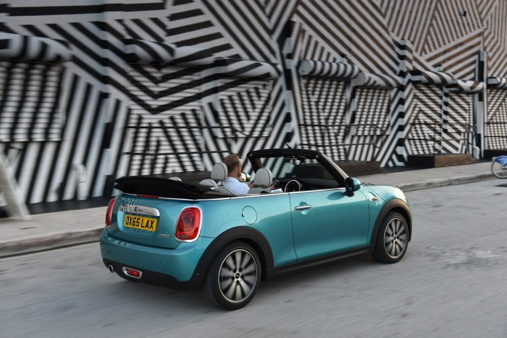 New-2016-MINI-Convertible-images-32