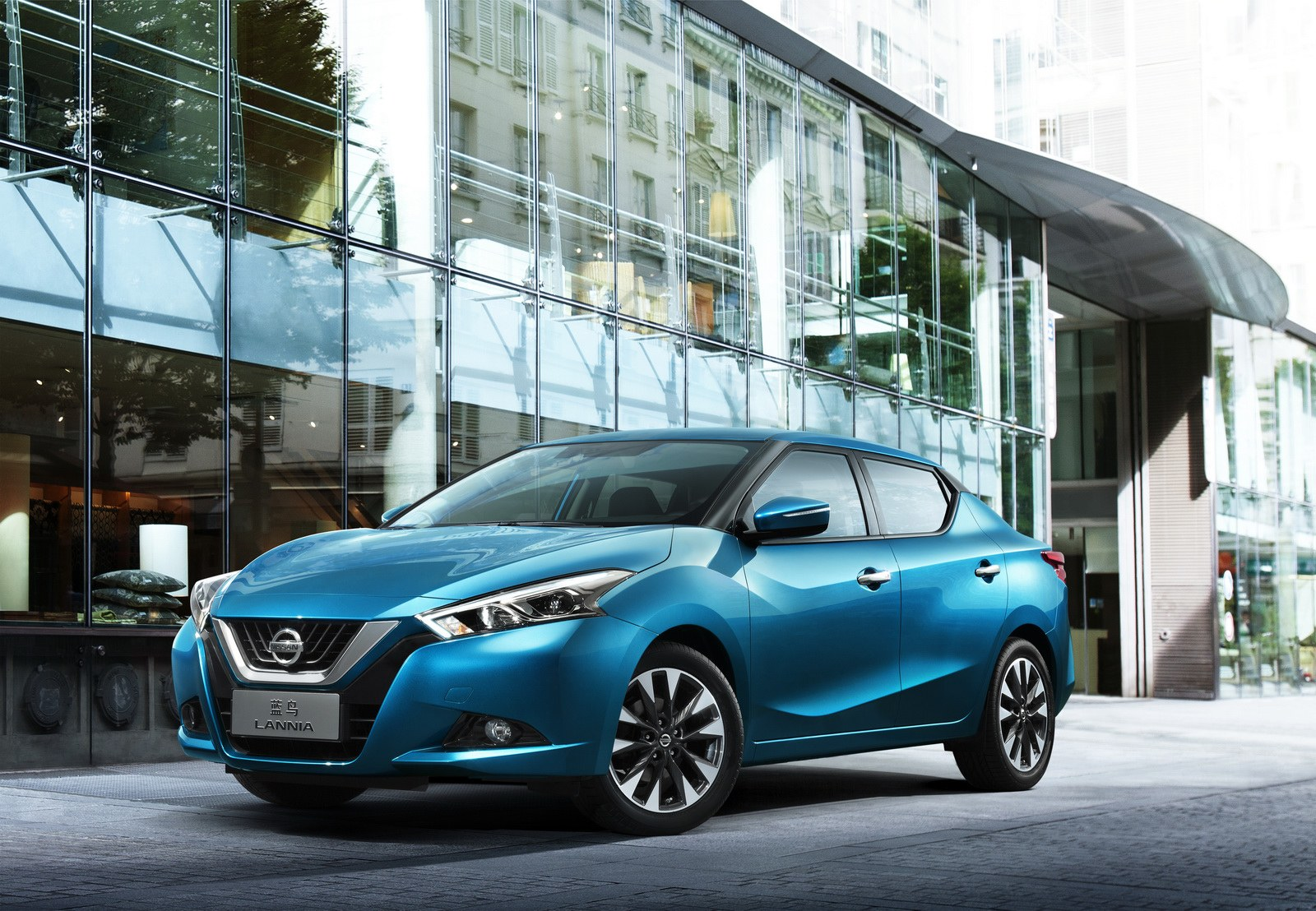 SHANGHAI, China (April 19, 2015) – Nissan unveiled the all-new Lannia at Auto Shanghai 2015, a culmination of vision taking the car from concept to reality.