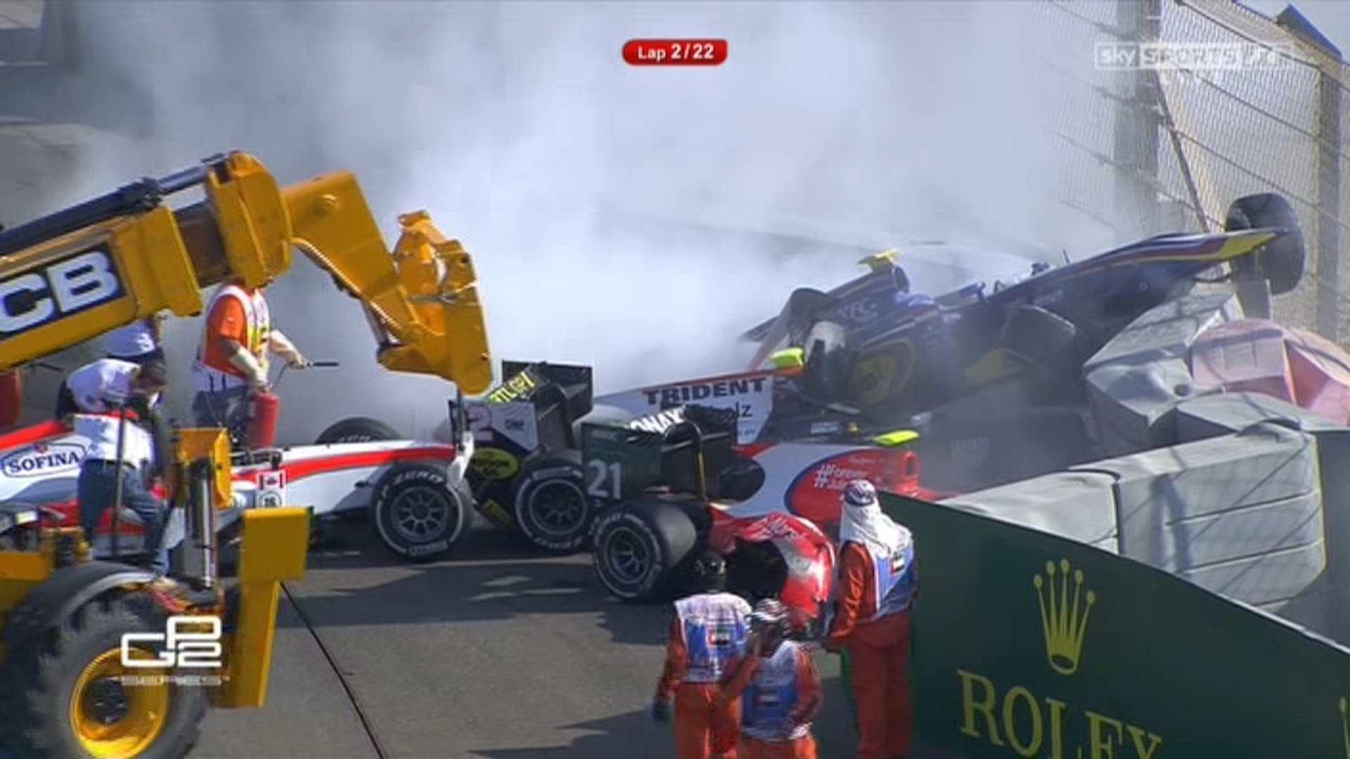 2015 GP2 season crash in Abu Dhabi